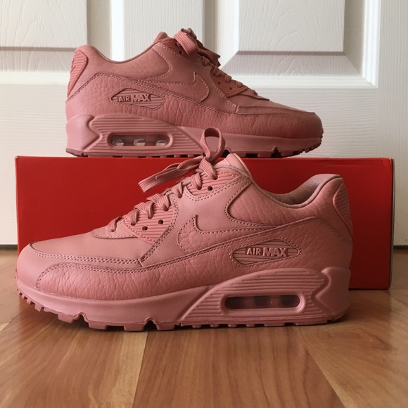 Nike Air Max 90 Comfort Reflective Pack and they are super